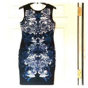 Carmen Marc Valvo NWT Medium Dress